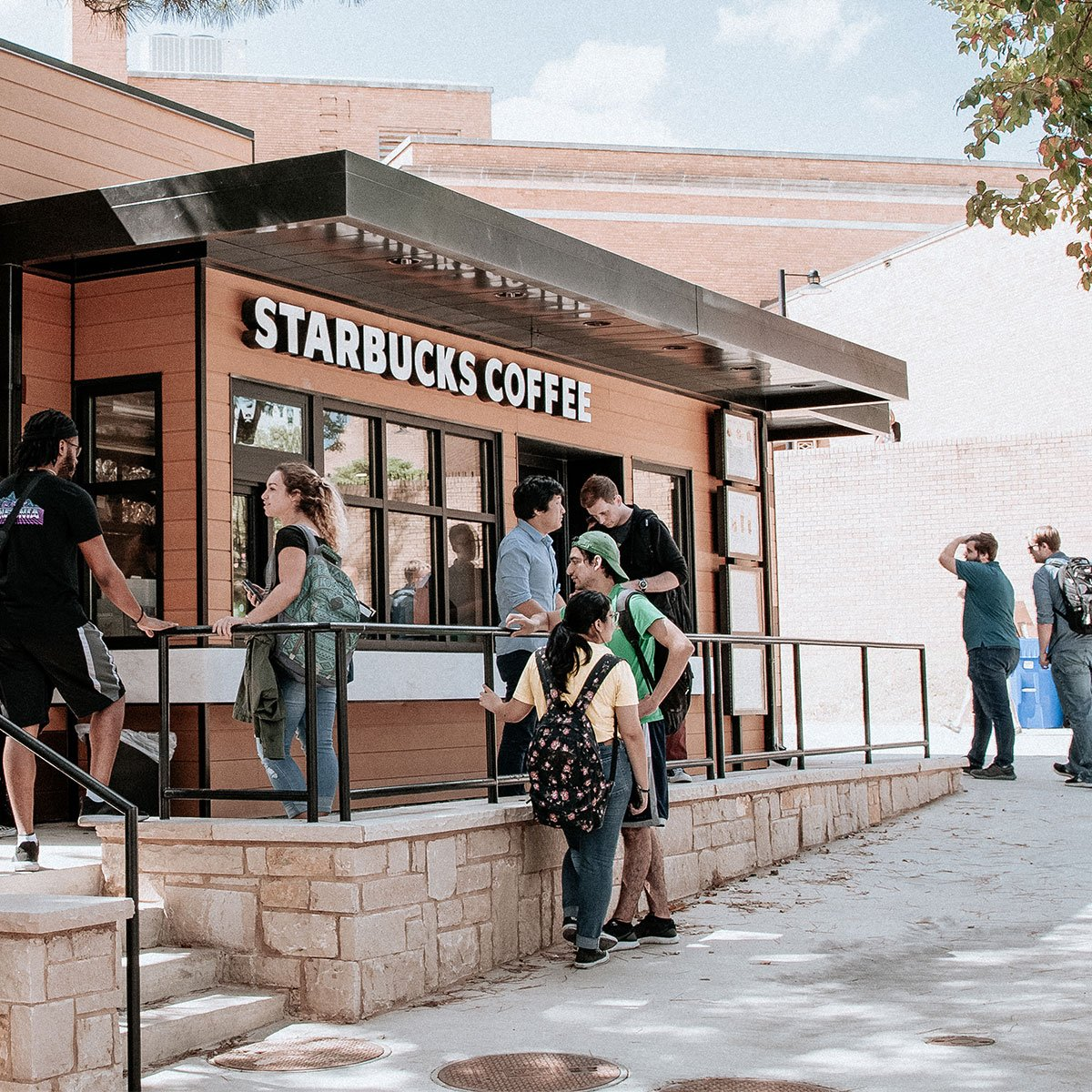 Starbucks stand at UNT